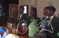 Génie africain - A 14 ans, une écolière nigériane produit de l'électricité grâce à l'urine