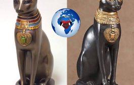 Le Chat en tant que divinité : les Égyptiens considéraient les dieux comme des entités intelligentes, capables de s'incarner dans les êtres ou les objets. La plus ancienne forme de déité représentée en Egypte, sur une coupe de cristal, est Mafdet, la déesse à tête de lion (- 3 100 av J.C)