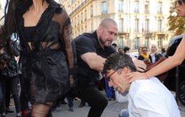 Kim Kardashian attaquée à Paris par un homme qui voulait lui embrasser le derrière ... (VIDÉO)