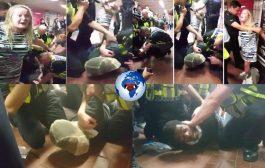 Un homme noir épinglé, et son visage couvert avec une masque par les policiers ... (VIDÉO)