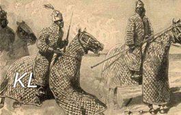 Les cavaleries de l'Afrique impériale : les grands empires de l'Afrique impériale, gardés par une Chevalerie puissante en armures, n'avaient rien à envier à celle des Européens dont les chevaliers étaient quasiment identiques aux chevaliers européens :