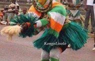 Masque Zaouli : ce masque Gouro magnifie la femme africaine, la finesse de ces traits s'inspire de la beauté de la femme africaine ... Voici le Top 5 des danses traditionnelles Ivoiriennes intemporelles ... (VIDÉO)