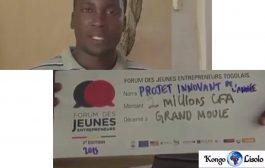 Togo : ce Togolais développe une machine qui accélère la fabrication des pavés ... (VIDÉO)