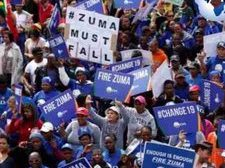 Afrique du Sud : la pression de la rue augmente pour faire démissionner le président Zuma ... (VIDÉO)