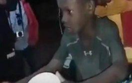 Ce petit garçon de l'île de Gorée au Sénégal raconte l'histoire de l'esclavage de l'île de Gorée ... (VIDÉO)