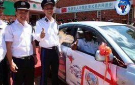 À chacun, le menu de son goût, une Chinoise n'allaitera pas le bébé d'une Africaine : les Chinois recrutés comme policiers en Zambie ... (VIDÉO)