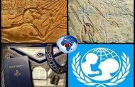 L'Afrique, berceau de la spiritualité : les Francs-maçons, la Rose-Croix et d'autres loges similaires proviennent de l'Afrique ancienne, mais l'Occident a seulement changé la pratique de ces loges