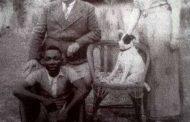 Une de ces images choquantes: voici l'une des photos choquantes photographiées par M. Blaise Paraiso à Libreville en 1930 et intitulée « Ne la cachez pas aux nouvelles générations »