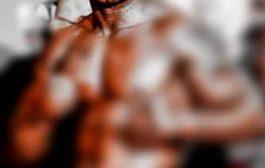 Le monde a vraiment changé, depuis que la boxe existe, c'est ma première fois de voir un boxeur noir se faire tabasser par un boxeur blanc comme un enfant ... « Honte à vous, les Noirs » ... (VIDÉO)