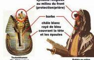 Comparaison entre les version Egyptienne et la Biblique de l'exode : Manéthon, un prêtre égyptien cité par Flavius Josèphe écrit (vers -280)