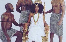 Toutes les premières grandes civilisations d'origine africaine avaient compris l'importance de la femme noire comme étant le symbole de la principale créatrice de vie et d'équilibre, ce qui explique pourquoi de nombreuses civilisations anciennes avaient logiquement développé des sociétés du même type matrilinéaire