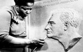 L'image de l'ancien président Franklin D. Roosevelt sur la pièce de monnaie de dix cents Américaines a été adaptée d'une sculpture de l'artiste afro-américaine Selma Hortense Burke