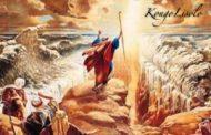 Qu'en est-il de l'esclavage des Juifs en Egypte ? Illustration de Moïse supposément ouvrant la Mer rouge pour faire sortir les Hébreux d'Egypte mis en esclavage par les Africains
