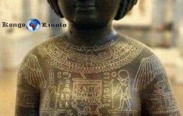 Odu udu ware (Ijaw): Odu/Udu(Ijaw)/Igbo/, en Yoruba, signifiant « Vitalité et longévité, le ventre noir, le ventre de la vie, le pot noir/calebasse (les codes sacrés du pouvoir) »