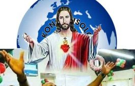 """अश्वेतों / अफ्रीकी लोगों के लिए एक सफेद देवता? ईसाई धर्म इस दुनिया में 85% अश्वेतों / अफ्रीकियों को गिनाता है, जहां सभी एक सफेद दिव्यता से प्रार्थना करते हैं कि उन्हें """"गेहूं"""" से बचाया जाए"""