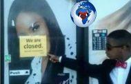 Boycott des affaires des racistes: Les propriétaires de ce magasin appellent une fille noire « Nègre » Du coup, tous les Noirs se sont donc regroupés et ont refusé de faire le « shopping » dans le magasin en question « Ça été un boycott total »