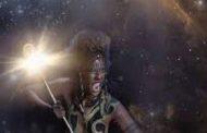 Mère Noire de la création : céleste Mère Noire de la création et Gardiennes de nos Ancêtres, aidez-moi à utiliser les forces naturelles de la terre (Geb) qui sont en moi