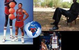 Manute Bol 2m30 : est un joueur de basket-ball activiste politique soudanais, né le 16 octobre 1962, de la tribu Dinka (actuel Soudan du Sud) et mort le 19 juin 2010 à Charlottesville aux États-Unis