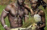 Le sens des principes mâle et femelle dans la tradition africaine : dans l'Afrique traditionnelle, les principes Mâle et Femelle avaient toujours été considérés comme un complément de l'un et de l'autre « Donc, une harmonie entre les deux était nécessaire pour qu'ils puissent continuer sur la terre »