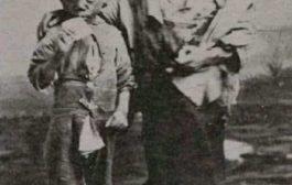 Aux États-Unis, les enfants nés en prison étaient vendus aux enchères dans les années 1800 : en Louisiane, les femmes noires étaient mises en cellule avec des prisonniers masculins et certaines tombaient enceintes
