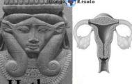 Des centaines de femmes non-royales étaient connus pour servir de prêtresses ou « Hmt-Ntjr » dans les cultes des gardiennes Hathor et Neith tout comme les femmes de l'Ancien Empire étaient connues pour servir comme Prophétesse (oracle) dans les cultes des Gardiens Djehuti ou Pa-Ta (Ptah) dont la plupart des épouses des rois étaient souvent prêtresses dans le culte de Hathor