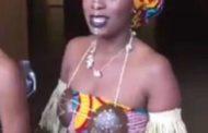 Ces drôles de concours : personnellement, ça me fait pleurer de voir ce genre de concours organisés par des AFRICAINS « Hommes noirs, qu'avez-vous fait de vos valeurs ? Ne réalisez-vous pas que ces femmes SONT VOS MÈRES ?? » ... (VIDÉO)