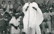 Cameroun : le discours de démissions de M. d'Ahmadou Ahidjo, le 4 novembre 1982, Ahmadou Ahidjo, le tout premier président de la République du Cameroun, démissionnait du pouvoir, dans un discours lu sur les antennes de Radio Cameroun « L'intégralité de ce discours qui a vu l'arrivée au pouvoir de Paul Biya, successeur constitutionnel d'Ahmadou Ahidjo et Premier ministre de la République unie du Cameroun à cette époque »