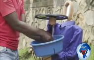 Lutte contre Ébola en RDC : pour se prévenir contre Ébola, trois jeunes ingénieurs ont tenté de lance un bassin sans contact ... (VIDÉO)