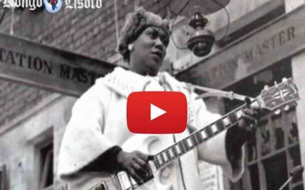 Sister Rosetta Tharpe, « The Godmother Of ROCK & ROLL » : la femme qui inventa le « ROCK'N'ROLL » Bien avant Elvis Presley, Chuck Berry, Little Richard et d'autres figurent pionnières du Rock'n'Roll, une femme d'église posait les bases de ce genre musical qui a marqué la deuxième moitié du XXème siècle ... (VIDÉO)