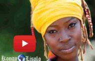 """Dobet Gnahoré: yon atis mizik nan vwayaj eksepsyonèl, li vyen nan kòt la Ivory nan Afrik de Lwès, li entèprete nan 2010 song in Kiswahili """"Samahani"""" ki vle di """"Excuse me"""" ... (VIDEO )"""