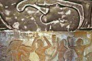 Le Yoga n'est pas l'apanage des Indiens car il est venu d'Afrique; en Afrique antique, l'on parle du Yoga pour avoir été pratiqué pendant environ 10.000 ans, et on l'appelait le plus souvent « Yoga Khémite »; mais dans la vallée du Nil, il était appelé « Sema Tawi », dans la vallée du Nil