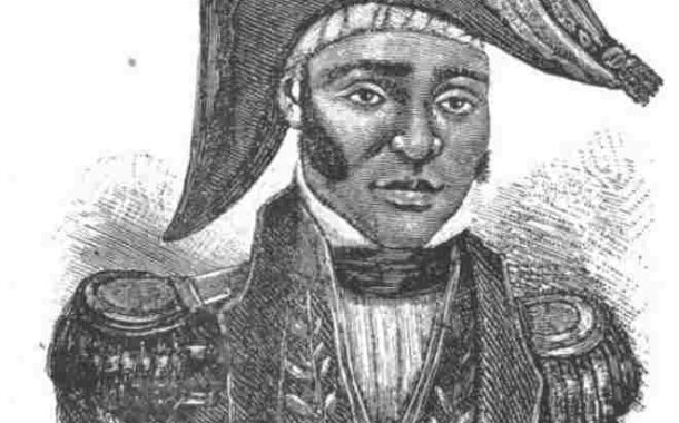 Жан-Жак Дессалин родился рабом (1758-1806) в Корнье, Гранд-Ривьер-дю-Нор, во французской части острова Сен-Доминго (Республика Гаити) на плантации Дюкло, где он живет. стал командиром (отвечал за организацию рабского труда); затем его купил свободный афро-потомок по имени Дессалин