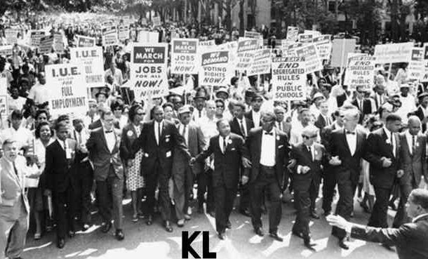 """Muistovelvollisuus: 28. elokuuta 1963 alkoi """"marssi Washingtoniin"""", jonka """"liikkeen kansalaisoikeuksien puolesta"""" sääti KL. Palatkaa takaisin tähän historialliseen tapahtumaan samoin kuin sen käsityksen ja luomisen olosuhteisiin. laatiminen"""