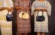La beauté Noire/Africaine: l'âge d'or quand Satan n'était pas encore couturier, nos femmes et filles Noires/Africaines portaient `dignement leurs tenues à la grande satisfaction de tous, l'honneur et la dignité avaient la place de choix par rapport au style vestimentaire féminin