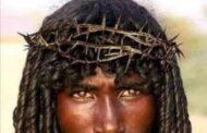 Un Jésus Noir n'est pas le bienvenu chez les Noirs : « Si l'on présentait Jésus sous cette apparence, il y aurait moins de chrétiens en Afrique, ils vont dire que c'est un marabout » (auteur anonyme) ; c'est cela la vérité (…)