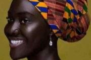 La beauté Noire/Africaine : c'est la pureté, la pureté de l'originalité, la pureté en toute fierté; une belle femme Noire/Africaine se dit ceci : « Je ne suis qu'une femme avec les sublimes valeurs Négro-Africaines de mes reines ancêtres, ces reines qui sont véritablement fondées de pouvoir, ces reines pour qui le savoir s'acquiert avant de l'avoir »