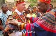 Devoir de mémoire : l'esclavagisme & le colonialisme dépendent du christianisme, « Le christianisme n'a prêché que l'évangile esclavagiste et colonialiste, pendant des siècles, pour détruire l'Afrique et ses peuples, et décimer les peuples des terres nouvellement conquises; et le clergé n'a jamais avoué ces crimes contre l'humanité, crimes dont la frustration n'a jamais cessé de traumatiser les peuples afro-descendants où qu'ils se trouvent »