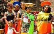 Le nom : en Afrique Noire, le nom n'est pas attribué d'une manière fantaisiste ou farfelue; appeler quelqu'un en citant son nom, c'est en Afrique Noire profonde, le faire apparaître comme « Homme », c'est-à-dire un homme/une femme de tel village, de telle ethnie, de tel lignage, de telle famille, ayant eu de tels ancêtres : il s'agit donc de le situer dans le temps et dans l'espace, à la fois, pour le rendre véritablement « Dans son intégralité »