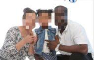 La distraction légendaire du peuple Noir/Africain/Congolais : la tourmente est sans pareille en Afrique subsaharienne et surtout au Congo Kinshasa précisément à cause de la distraction qui y est devenue monnaie courante « Chers frères et sœurs Noirs/Africains/Congolais, pourquoi êtes-vous toujours si distraits ? »