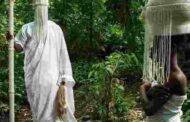 Les religions Négro-Africaines n'existent pas : c'est par abus de langage que l'on parle de « Religions Noires/Africaines ou de religions Traditionnelles/Africaines », il n'y a rien de tout cela, c'est, sans équivoque, un non-sens; ce concept, qui a une charge philosophique occidentale et centré sur la théologie et utilisé par des chercheurs véreux en quête de terminologie